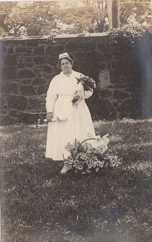 [Photo Album and RPPC Lot from an Early Psychiatric Nurse].