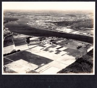 [Royal Canadian Air Force Aerial Photo Album of Canada.]